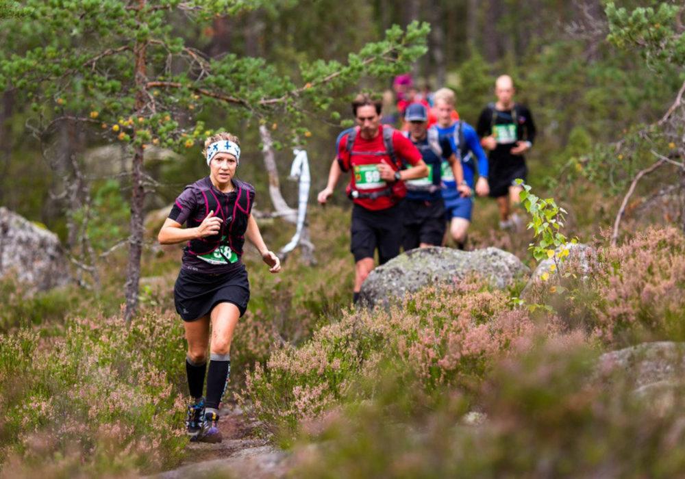 Henri Ansio uusi voittonsa Nuuksion polkumaratonilla, Maija Oravamäki kiisi uuteen reittiennätykseen